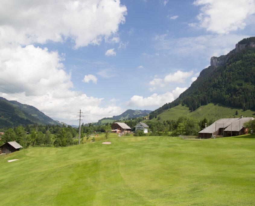 Golf Schweiz Luzern Biosphäre Entlebuch Fairway guter Platz